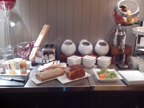Mercure Deauville Centre : Le buffet petit-déjeuner