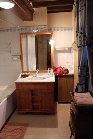 Domaine de la Ranconniere et de Mathan: La salle de bain