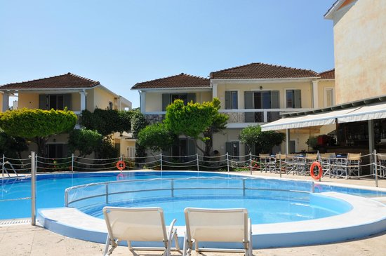 Alkyon Apartments & Villas Hotel: View from the pool