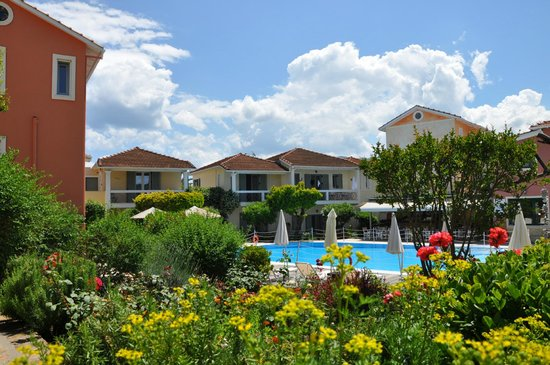 Alkyon Apartments & Villas Hotel: View from the garden