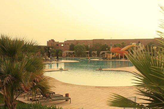 Kenzi Club Agdal Medina: La piscine principale