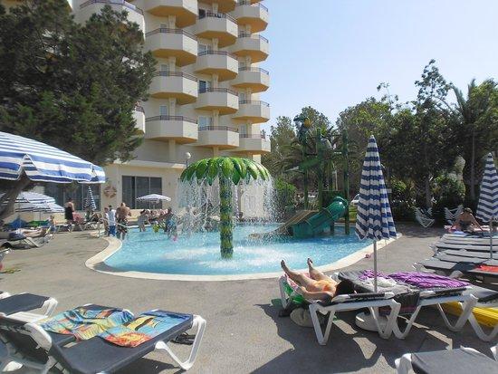 Fiesta Hotel Tanit: kids pool