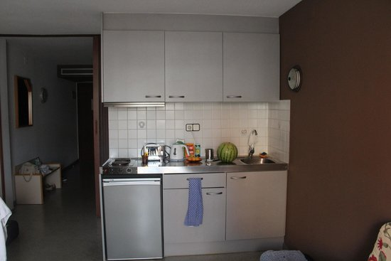 Aparthotel Miami Park: Кухня в номере
