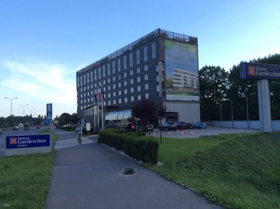 Hilton Garden Inn Hotel Krakow: Street View