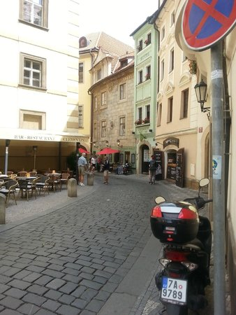 Charming Prague Apartments At the Black Star: At the Black Star, Seminarska St.
