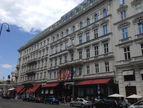 Hotel Sacher Wien: façade de l'hôtel