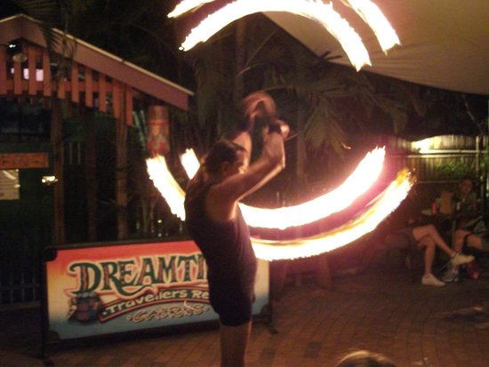 Dreamtime Travellers Rest: Weekly fire show