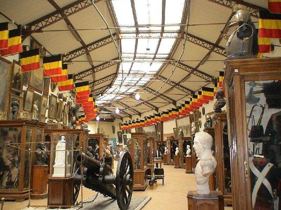 Real Museo de las Fuerzas Armadas y de Historia Militar: Interior