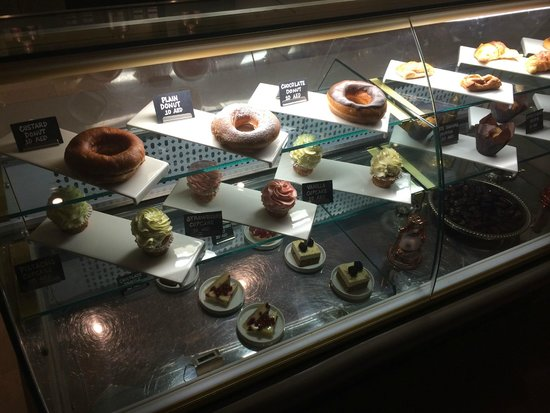 Cove Rotana Resort Ras Al Khaimah: If you're hungry ...