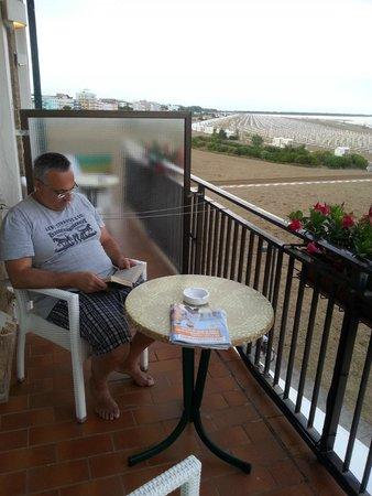 Stellamare Beach Hotel : balcone e vista stanza 212