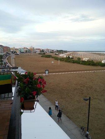 Hotel Stellamare: vista dal balcone stanza 212