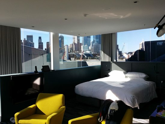 Ovolo 1888 Darling Harbour: Attic Suite