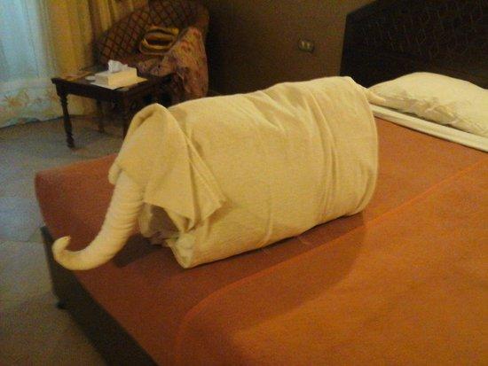 Oriental Rivoli Hotel: милый слоник