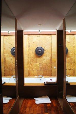 Nakamanda Resort & Spa: Ванная комната