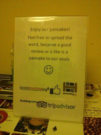 Astoria City Hostel: Pancakes!