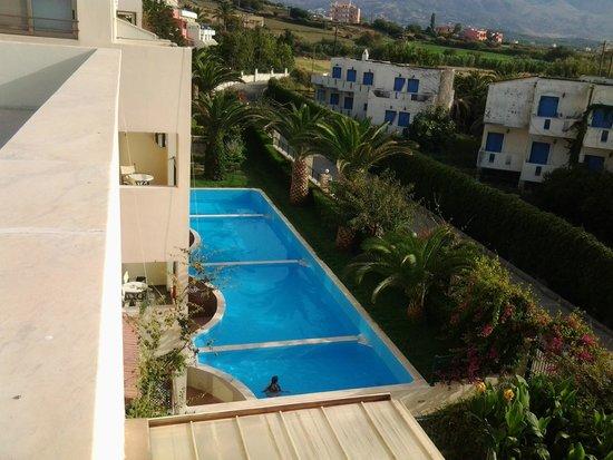 Hydramis Palace Beach Resort : номер с индивидуальным бассейном