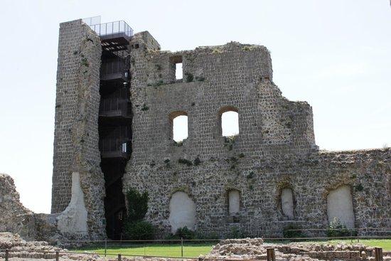 Rocca dei Papi : Torre del pellegrino