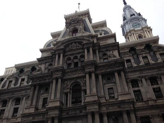 City Hall: 全景