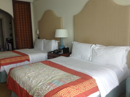 Atlantis, The Palm : comfortable bedding