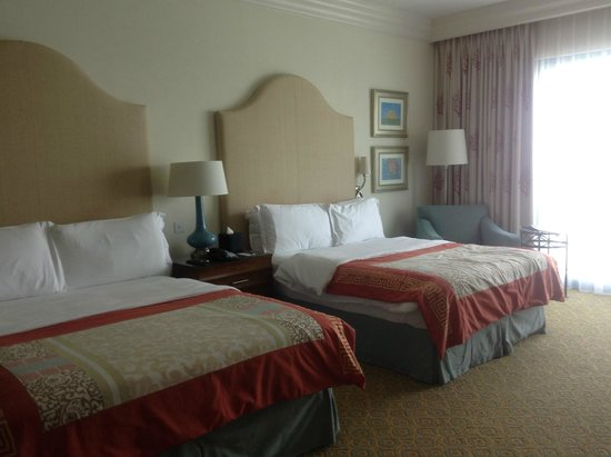 Atlantis, The Palm : 2 queen beds