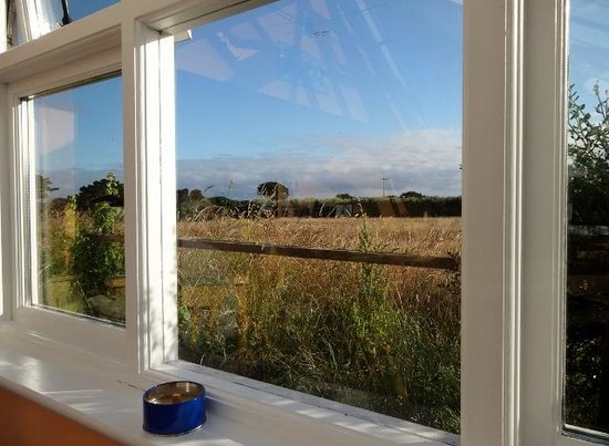 Isles of Scilly Country Guesthouse: The view at breakfast