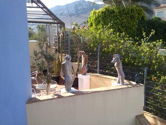 Hotel Mayari: Exposición de escultura