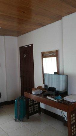 Pinjalo Resort Villas: Room 1