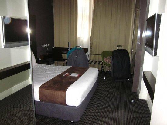 Rendezvous Hotel Melbourne: room