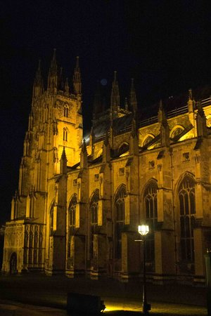 Canterbury Cathedral Lodge: the Cathedral by night