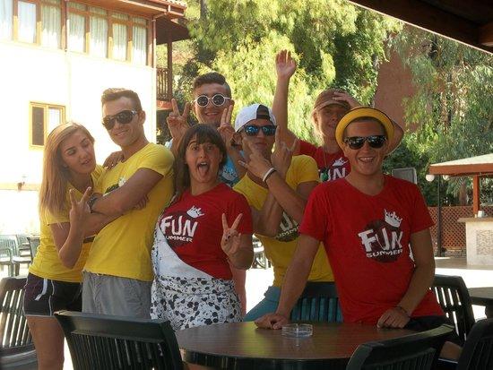Marmaris Park Hotel : shaggy and the entertainment team
