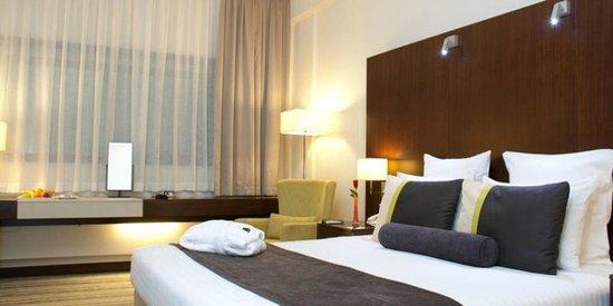 Avari Dubai Hotel: Room