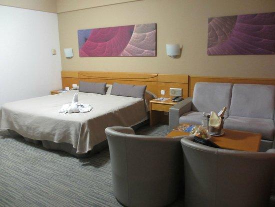 Gloria Palace Amadores Thalasso & Hotel : La habitación