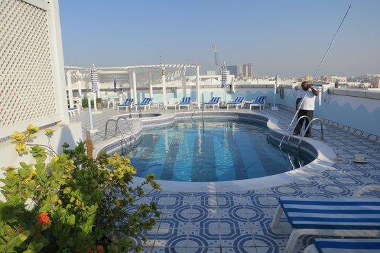Avenue Hotel: Swimming pool