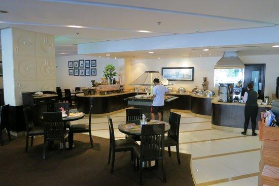 Avenue Hotel: Buffer restaurant