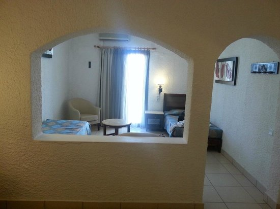 Hersonissos Maris Hotel and Suites: Family room