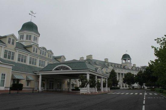 Disney's Newport Bay Club : Convention entrance