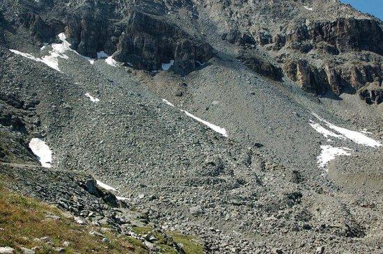 Mount Corvatsch: Kleiner Blockgletscher an der Mittelstation Murtèl