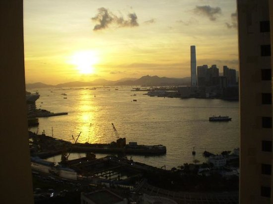 The Excelsior, Hong Kong: Sunset