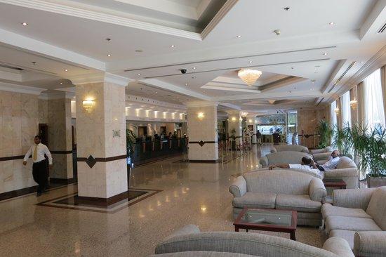Copthorne Airport Hotel Dubai: Lobby