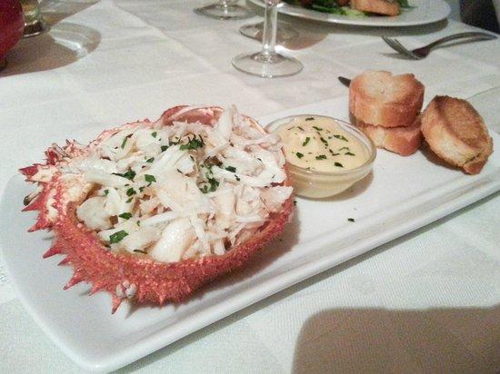 Au Parasol Bleu : Lovely crab apetizer