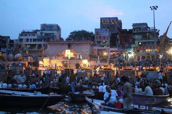 Ganges River: ガンガー