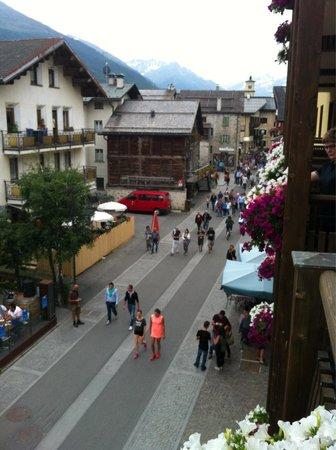 Hotel Touring: Vista dal balcone.