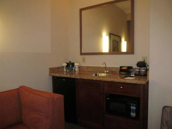 Embassy Suites by Hilton Portland Maine : room ... sink, microwave, fridge