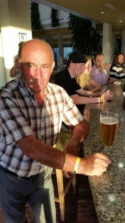 Iberostar Royal Andalus: Las copas de cerveza una maravilla, Mahou, Española. Gracias Tony.