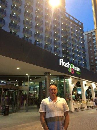 Flash Hotel Benidorm: Hotel Flash