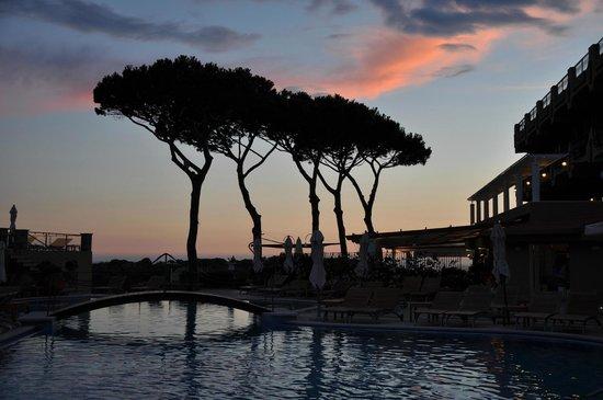 """San Montano Resort & SPA : """"San Montano"""" bei Nacht"""