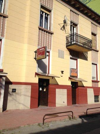 Hostel Incognito: exterior