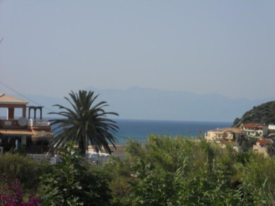 Tsaros Apartments: The view from our apartment