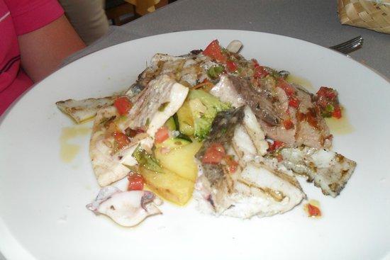 Restaurant La Caravelle: poissons grillés