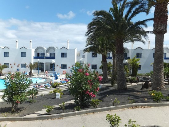 Hotel Puerto Carmen : D